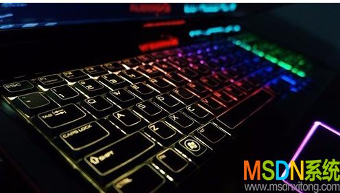 笔记本键盘灯不亮怎么打开?